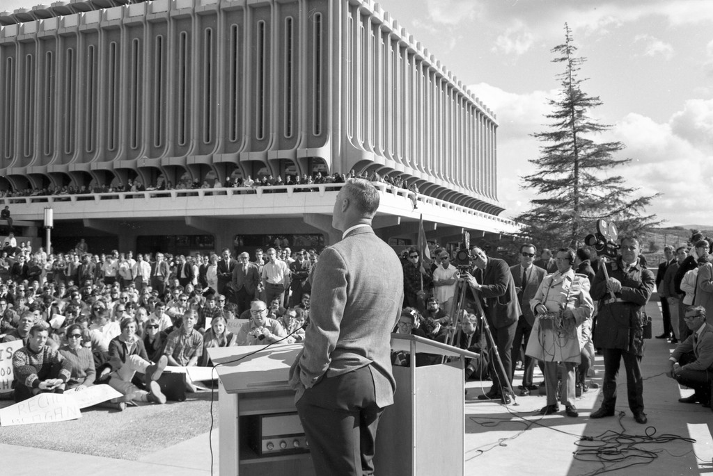 Chancellor Daniel Aldrich addresses protest rally against Clark Kerr firing, January 23, 1967.